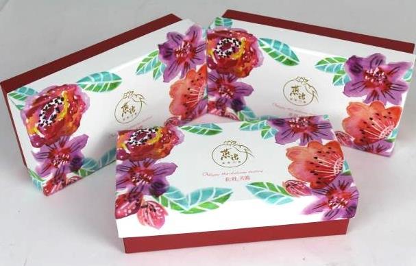 中秋月饼盒生产厂家在包装色彩设计的三要素
