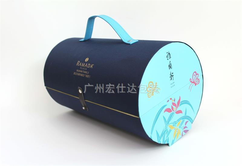 月饼盒厂家,用丝绸月饼锦盒体现市场价值