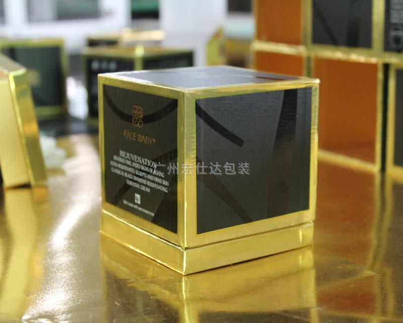 【就是不一样】红月亮化妆品公司定制金卡纸香水包装盒