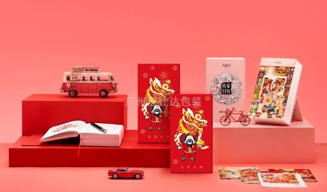 钱装多少没关系,时尚人这样定制红包包装盒,九和印、Gucci、Tiffany 时髦红包